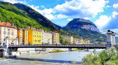 Grenoble, France Download Jigsaw Puzzle