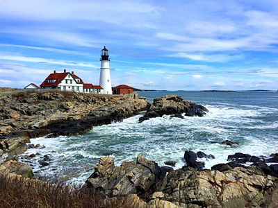 Lighthouse, Maine Download Jigsaw Puzzle